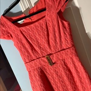 Kay Unger coral dress. Cap sleeves back zip. Sz 6